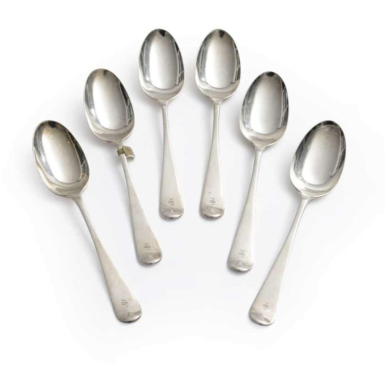 A set of six Old English pattern silver spoons - by Thomas Bradbury