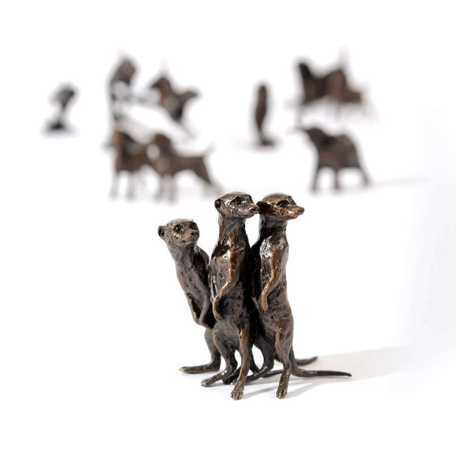 Butler & Peach Miniature Bronze Meerkat Group