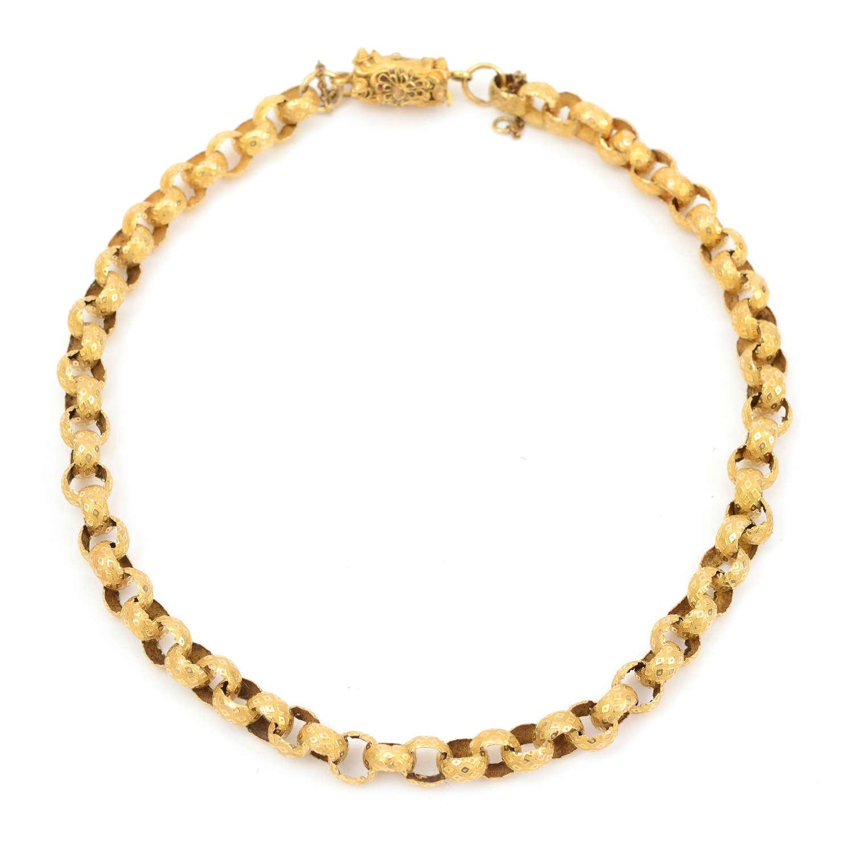 Georgian gold chain with filigree barrel clasp