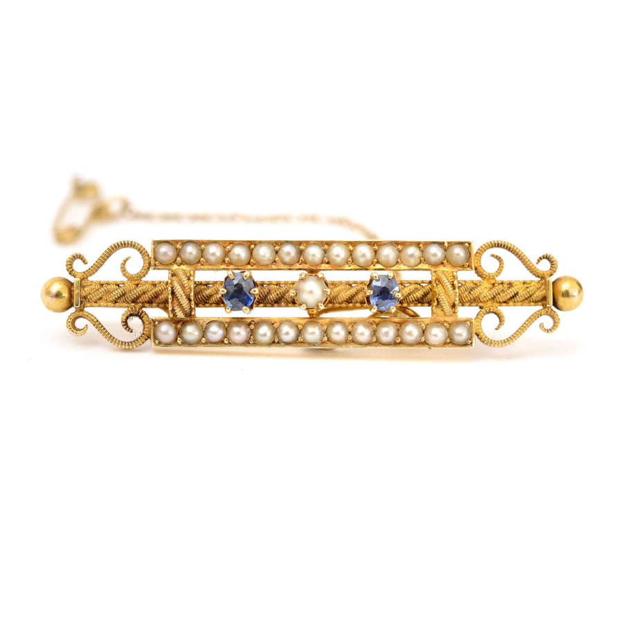 Victorian 15ct gold, sapphire and seed-pearl brooch