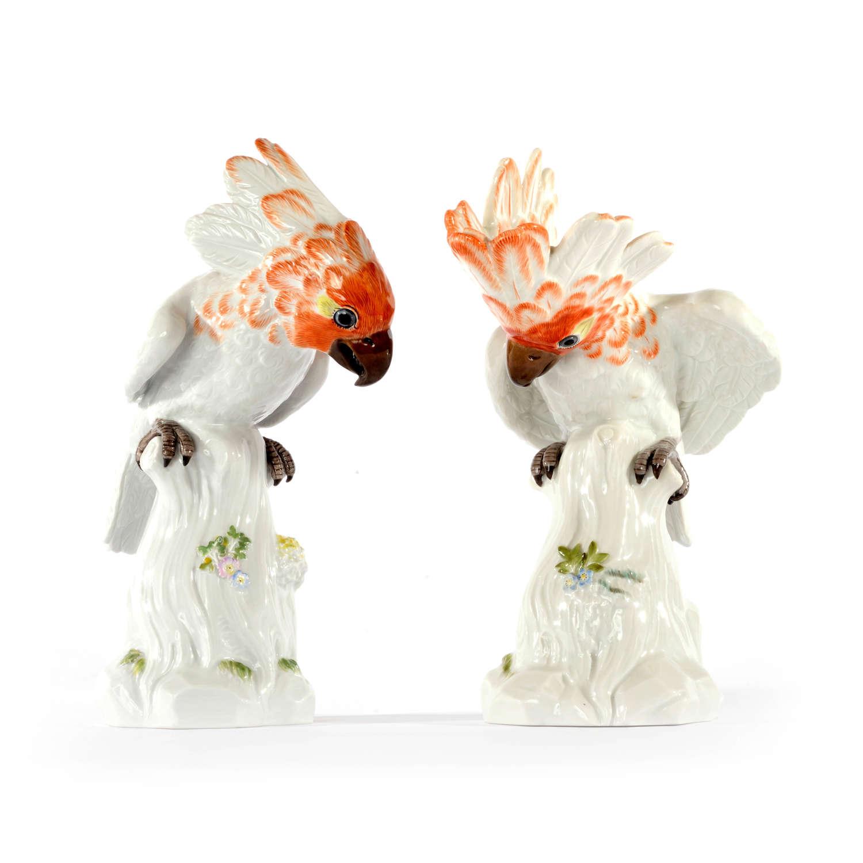 A pair of Meissen figures of Cockatoos, 20th Century